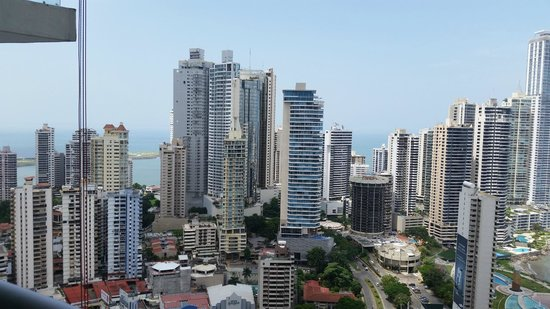 Hard Rock Hotel Panama Megapolis: Modern Panama City View from balcony