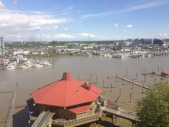 Pacific Gateway Hotel at Vancouver Airport : View