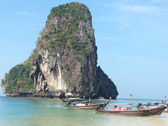 PhraNang Cave Beach: Bela praia