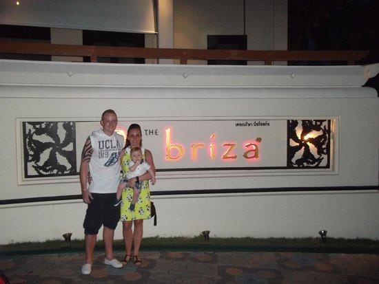 The Briza Beach Resort: Hotel Entrance