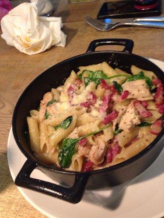 Zizzi - Leeds The Light: Chicken and bacon pasta. Nice but bit watery.