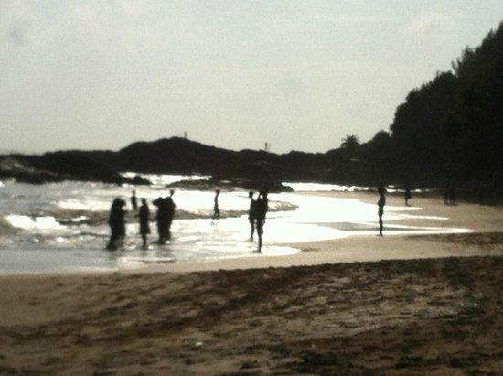 SwaSwara: Locals at beach.