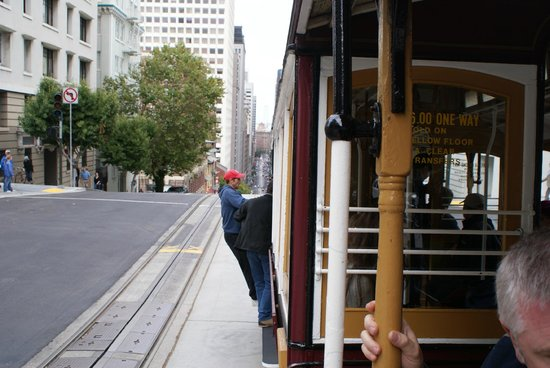 Omni San Francisco Hotel : Crusing on the cable car.