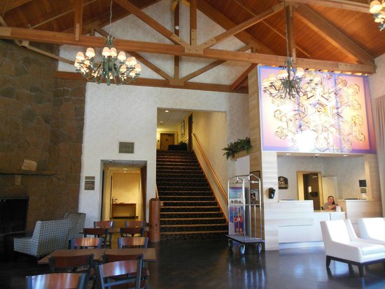 Best Western Mt. Hood Inn: Lobby
