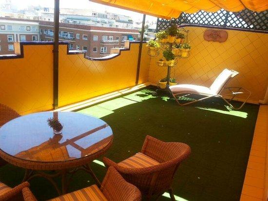Sercotel Gran Hotel Conde Duque : Terraza de la suite