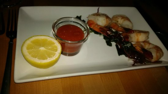 R Steak & Seafood: Shrimp Cocktail - Delicious