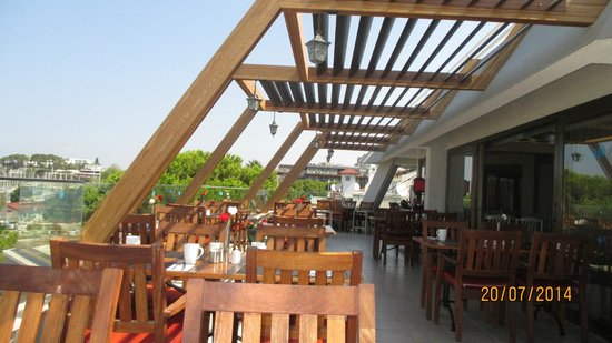 SENTIDO Marina Suites- Adult Only: terrasse