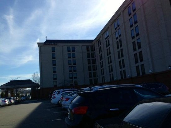 Hampton Inn Boston-Logan Airport: a shot of the hotel from the parking lot