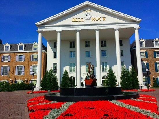 Hôtel Bell Rock : Vorderseite bei Tag