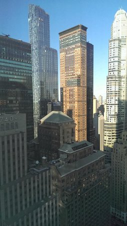 Residence Inn New York Manhattan/Central Park : VIew of city from room