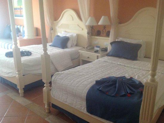 Grand Bahia Principe Punta Cana: Dos camas dobles