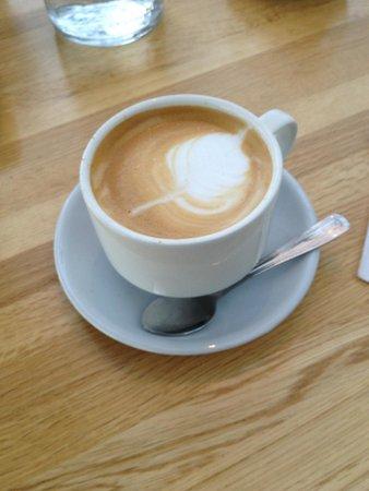 Glasshouse Bistro and Cafe: Scrumptious cappucino