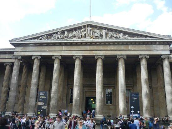 British Museum : fachada del museo