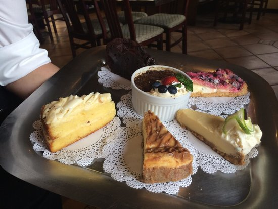 Sharky's Seagrill : Great Dessert Selection!