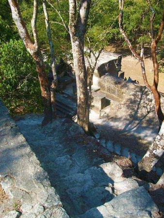 Maya-Ruinen und Museum von Cahal Pech: The Very Top of Cahal Pech