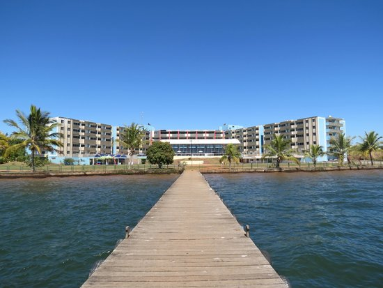 Bay Park Resort Hotel: hotel visto do pier