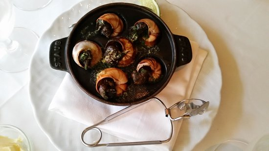 Cafe Martinique: Escargot Appetizer