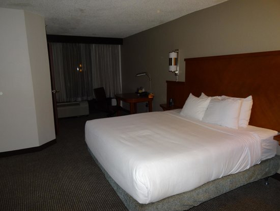 Hyatt Place Orlando/Convention Center : King Size bed