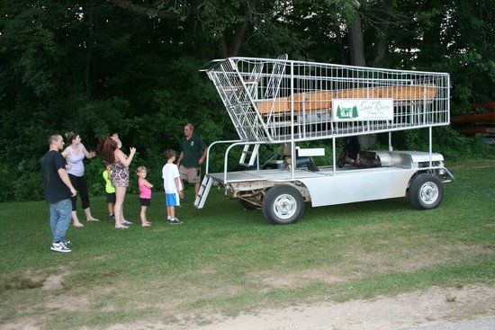 Saco River Camping Area: The shopping carriage ride!
