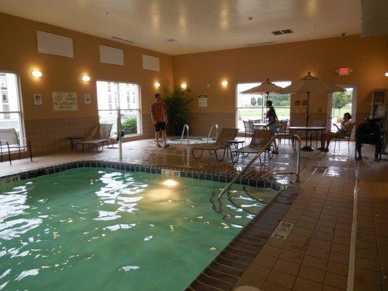 Comfort Suites Urbana Champaign, University Area: pool