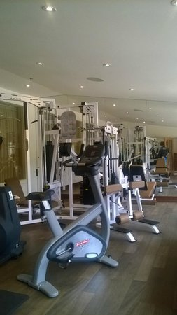 Manoir Saint-Sauveur: Exercise room