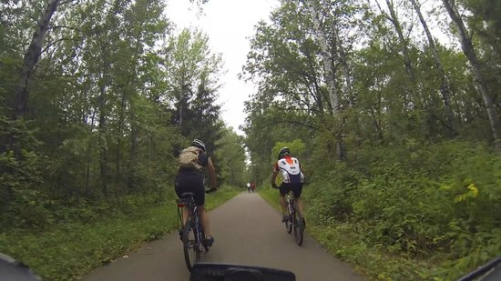 Cuyuna Country State Recreation Area: Paved trail