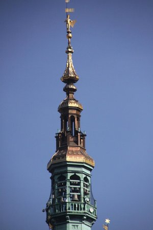 Dluga Street (ul. Dluga): church steeple