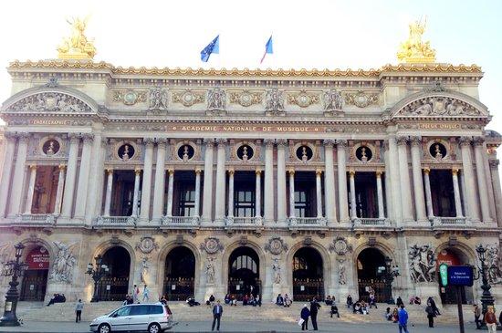 Opéra Garnier : Palais Garnier exterior