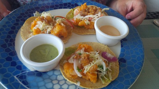 Secrets Silversands Riviera Cancun: Shrimp Taco:  Pool bar - Lunch