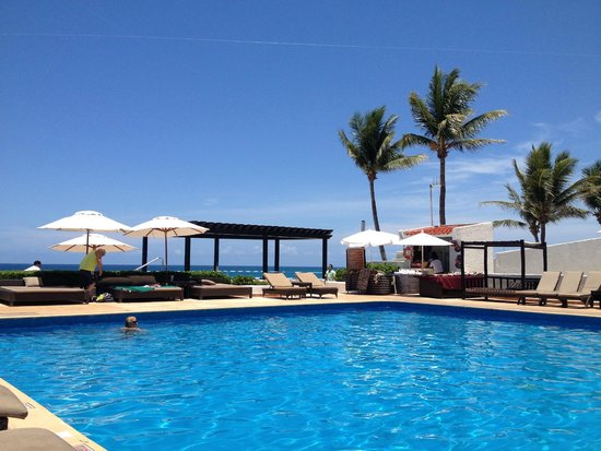 GR Caribe by Solaris: Where I spent 90% of my time, the relaxing pool.