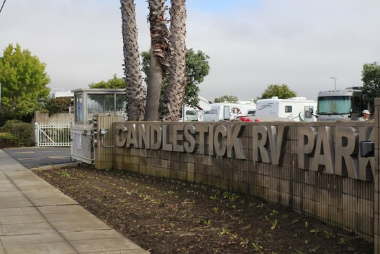 Candlestick RV Park: See the guard shed?