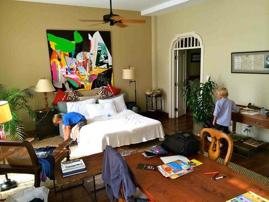 Las Clementinas Hotel: Salon Chambre 1