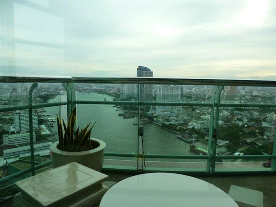 Chatrium Hotel Riverside Bangkok: view from 36th floor