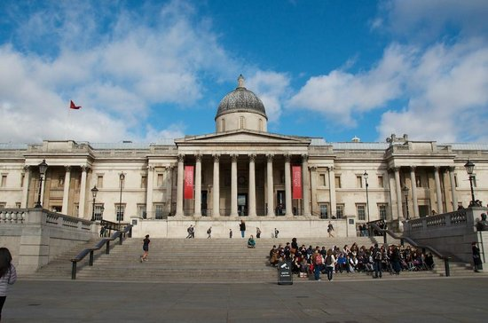 Trafalgar Square: The National Gallery