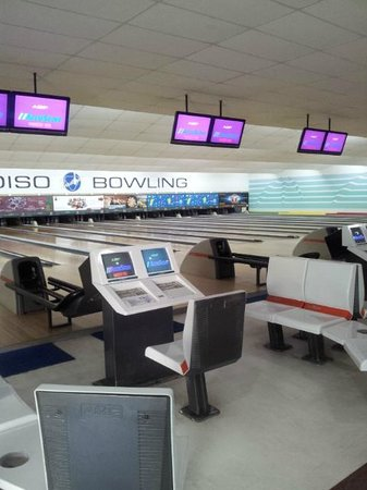Kuta Station Hotel: Bowling Alley