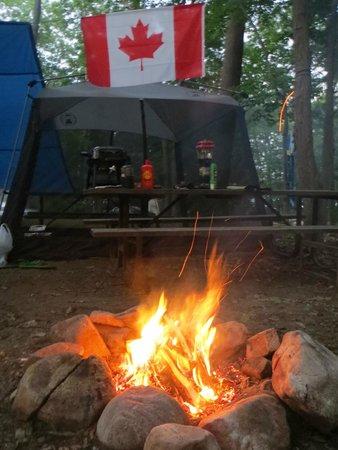 Killbear Provincial Park: Chillin' at the fire