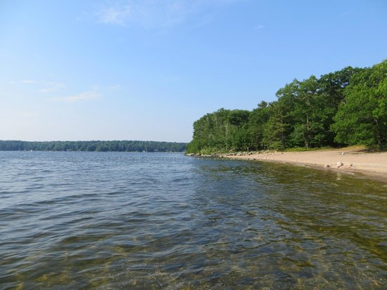 Killbear Provincial Park: Swimming beach at Long Point Campground
