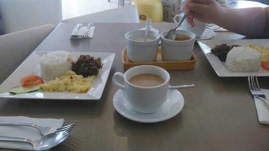 The Orange Place Hotel - San Juan : Free breakfast