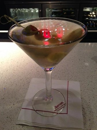 San Francisco Marriott Fisherman's Wharf: Grey Goose Martini at Lobby Bar