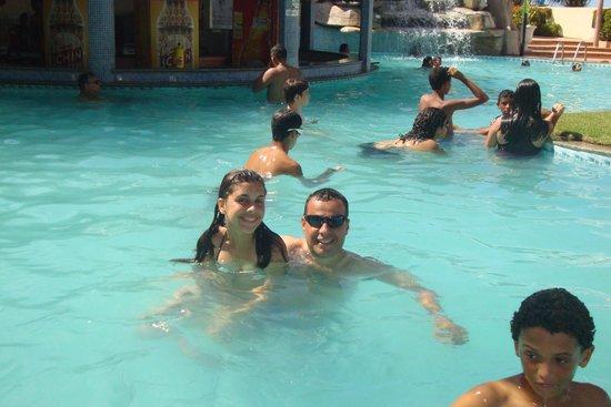 Hotel Prive do Atalaia : Eu e a filha na piscina