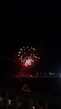 Ocean 1 Hotel and Suites: Fireworks from our balcony.