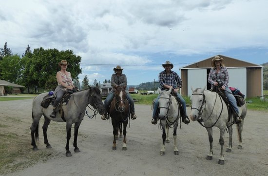 Bull Hill Guest Ranch: Ready for driving the cattle