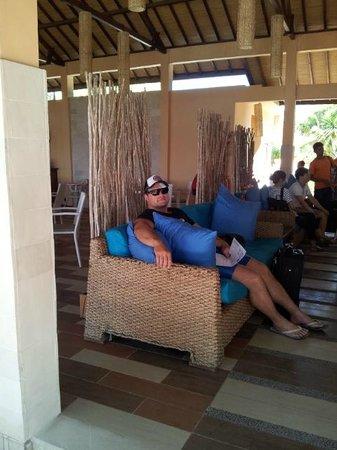 Laguna Gili Beach Resort: Hotel Lobby