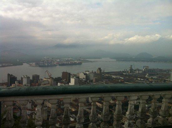 Monte Serrat : Santos
