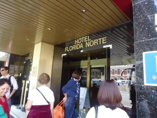 Hotel City House Florida Norte By Faranda: entrada do hotel