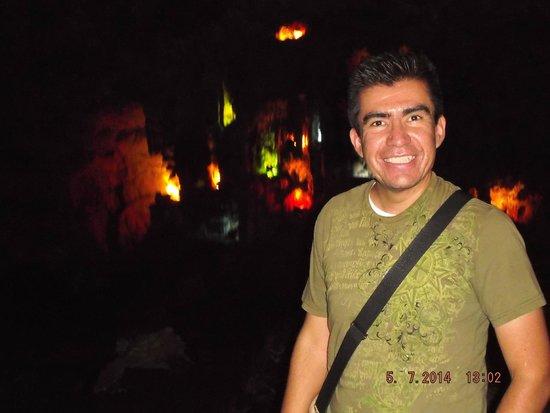 Parque Nacional Grutas de Cacahuamilpa: Interior de la gruta.