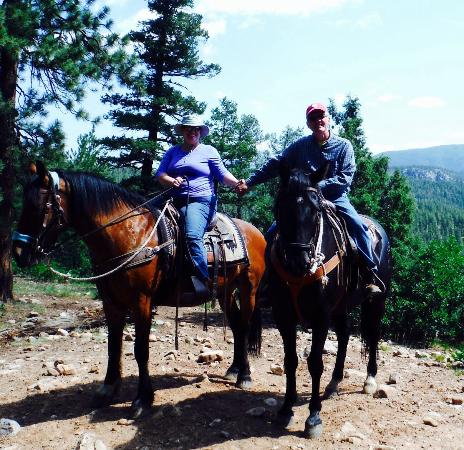 Rapp Corral : Photo opportunity in the San Juan National Forest.