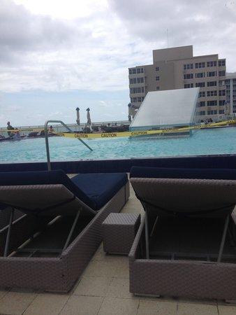 W Fort Lauderdale: Pool closed
