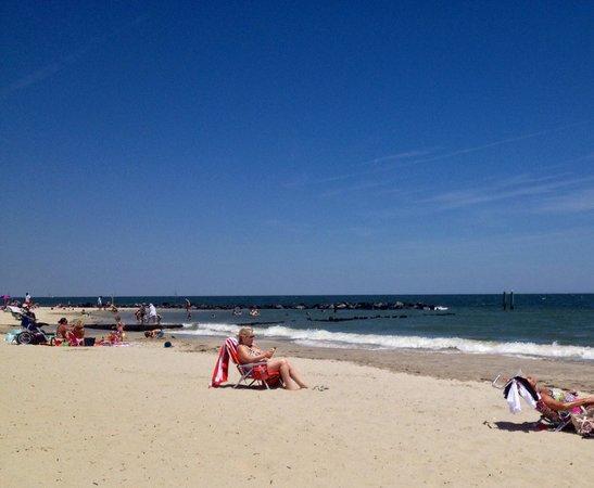 Sans Souci Motel : Beautiful Buckroe Beach and Chesapeake Bay