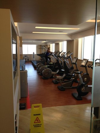 Sheraton Dubai Mall of the Emirates Hotel: Sheraton Dubai gym